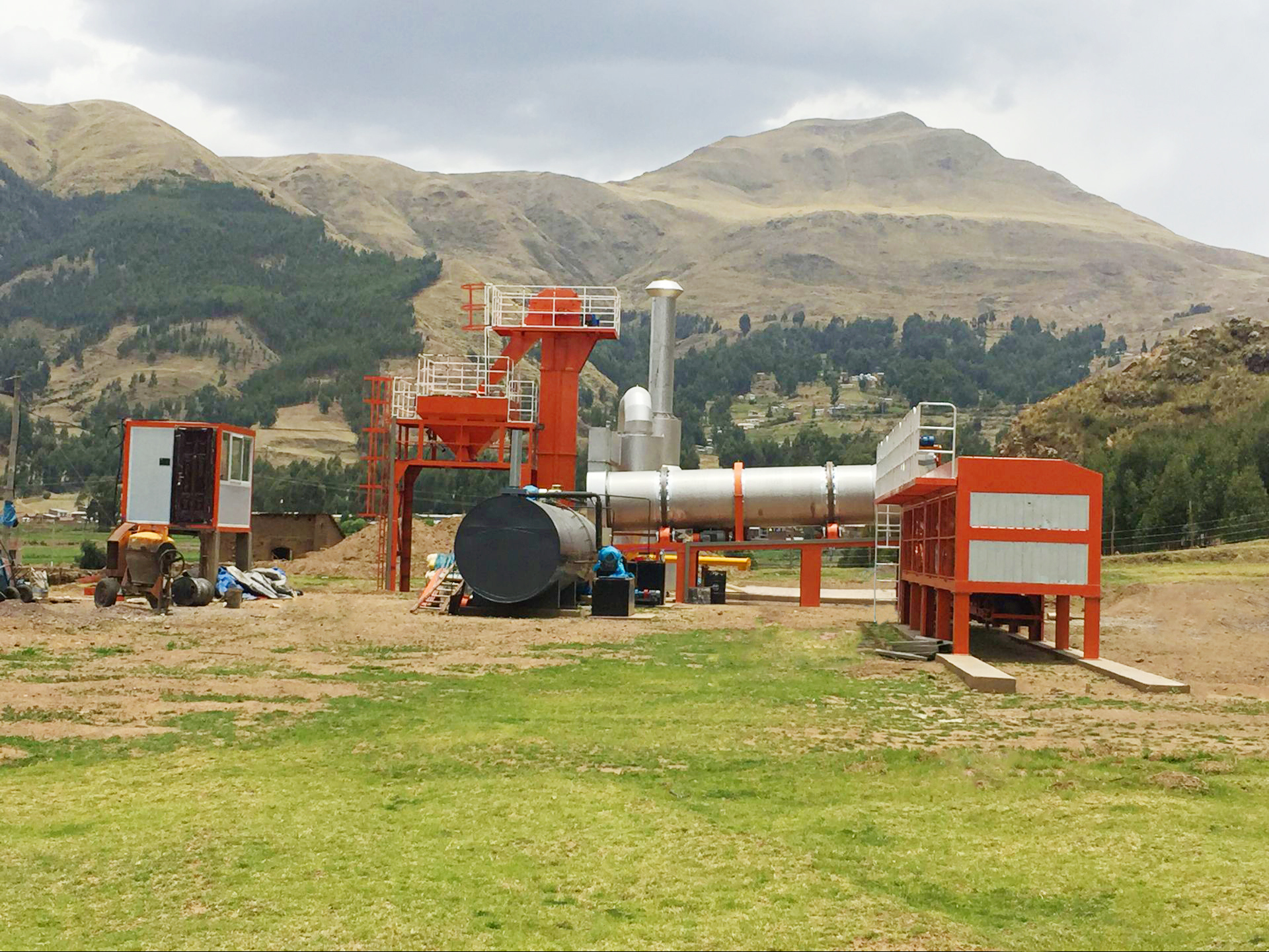New Asphalt Mixing Plant DHB100 Installed in South Africa